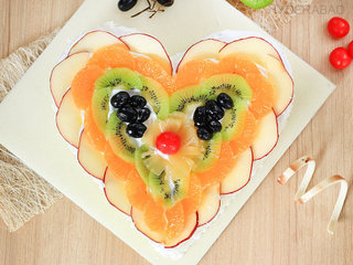 Top View of Fruity Craft - Heart Shaped Fruit Cake in Hyderabad