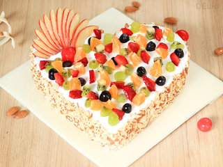 Frutalicious Dream - Heart Shaped Fruit Cake in Delhi