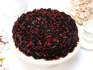 Heavently Red Velvet Chocolate Cake in Noida