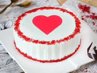Red velvet with a fondant heart