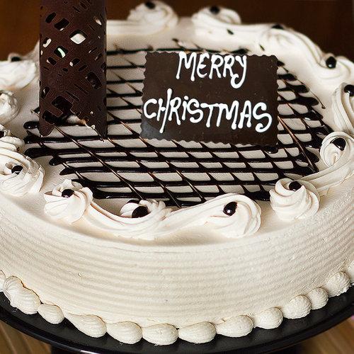 https://media.bakingo.com/sites/default/files/irish-creamy-celebration-C-cake0227exot.jpg