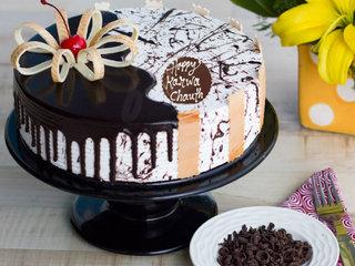 Karwa Chauth Choco Vanilla Cake