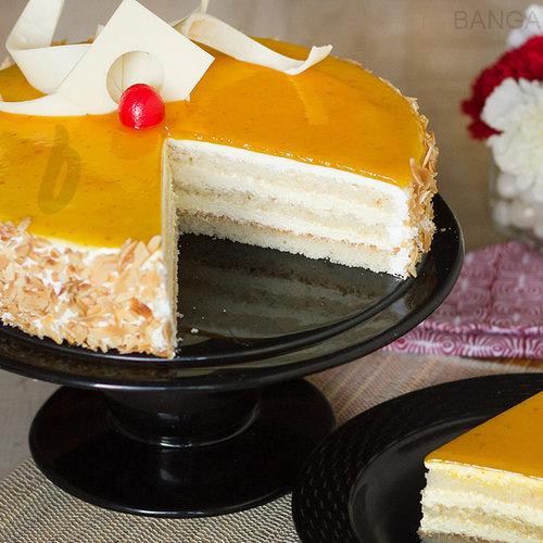https://media.bakingo.com/sites/default/files/mango-cake-in-bangalore-cake0987flav-b.jpg