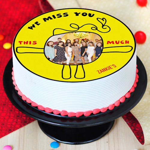 https://media.bakingo.com/sites/default/files/miss-you-photo-cake-round-shape-2-phot0705flav-B.jpg