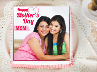 A Mothers Day Photo Cake