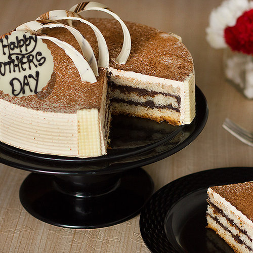 https://media.bakingo.com/sites/default/files/my-coffee-lover-mom-a-mothers-day-special-cake-B.jpg