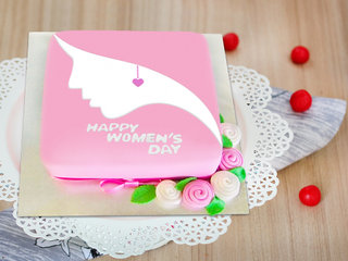 Women's day special choco chip cake