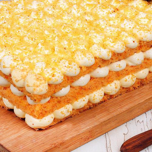 https://media.bakingo.com/sites/default/files/orange-bubble-rectangle-cake-in-noida-cake1120flav-c.jpg