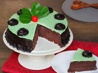 Sliced View of paan cake