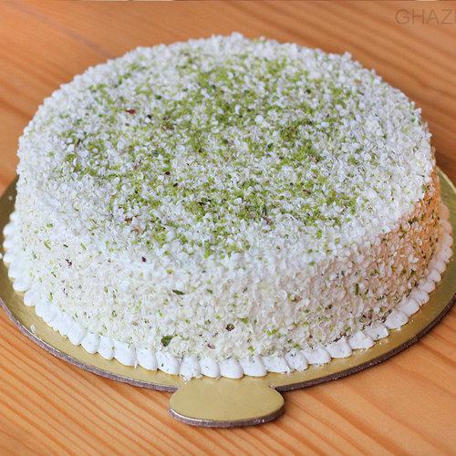 https://media.bakingo.com/sites/default/files/pistachio-drizzle-cake-in-ghaziabad-cake0977flav-a.jpg