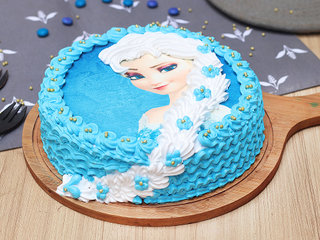 Princess Elsa Theme Cake