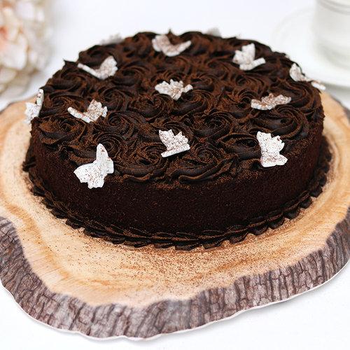 https://media.bakingo.com/sites/default/files/ravishing-truffle-chocolate-cake-cake1874choc-A.jpg