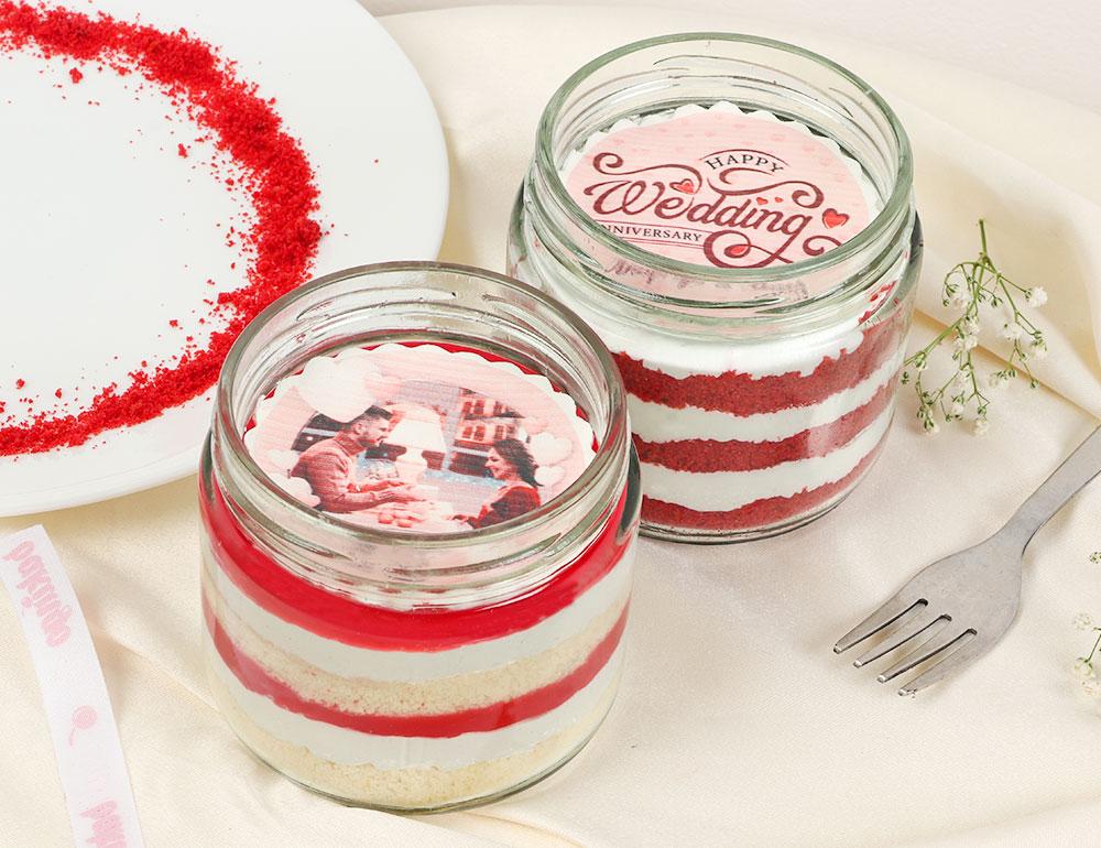 Red Velvet And Strawberry Personalised Jar Cake