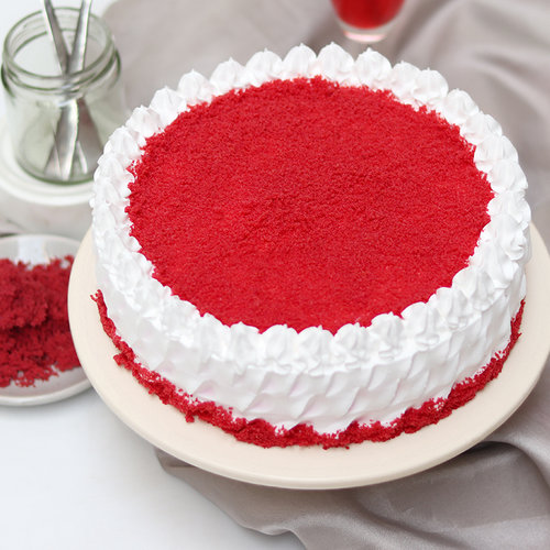 https://media.bakingo.com/sites/default/files/red-velvet-buttercream-creamy-cake-cake1993redv-A.jpg