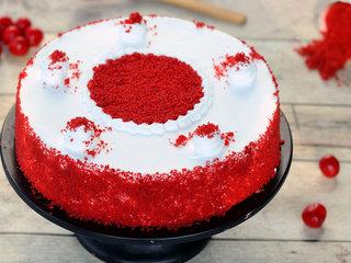 Classy Red Velvet Cake in Hyderabad