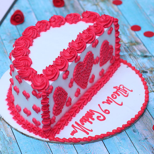 https://media.bakingo.com/sites/default/files/red-velvet-half-cake-cake1971redv-A.jpg