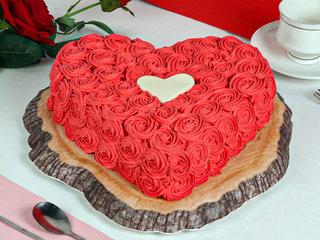 Hearty Red Velvet Cake in Ghaziabad