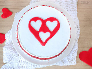 Top View of Red Velvet with 3 Fondant Heart Cake