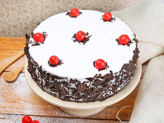 Round Black Forest Cake With Cherries