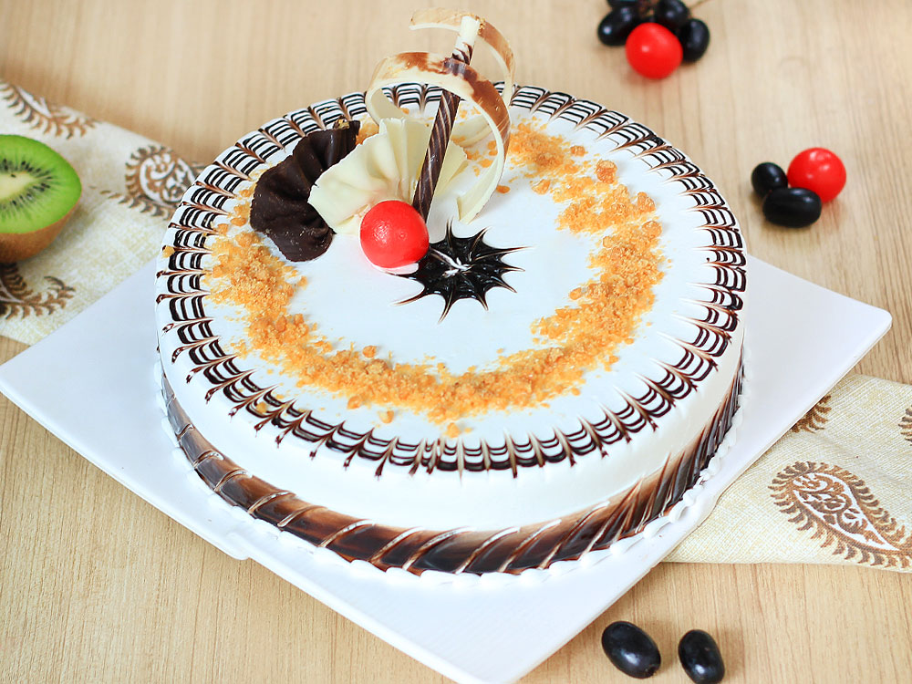 Moreish Butterscotch Cake Delivery in Gurgaon;Top View of Moreish Butterscotch Cake;Zoom View of Moreish Butterscotch Cake