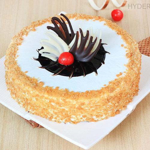 https://media.bakingo.com/sites/default/files/round-shaped-butterscotch-cake-2-in-hyderabad-cake863butt-A.jpg
