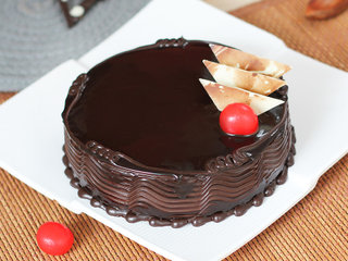Rich Chocolate Affair Cake in Ghaziabad