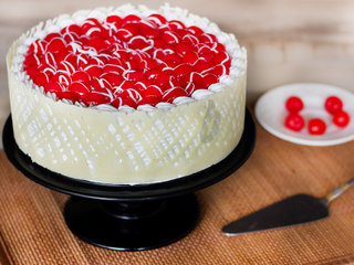 Royal Cherry Cake For Marriage Anniversary