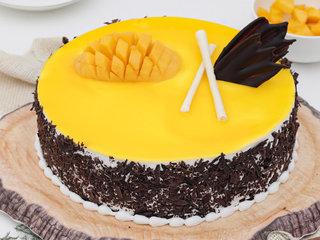 Scrumptious Real Mango Cake N Chocolate