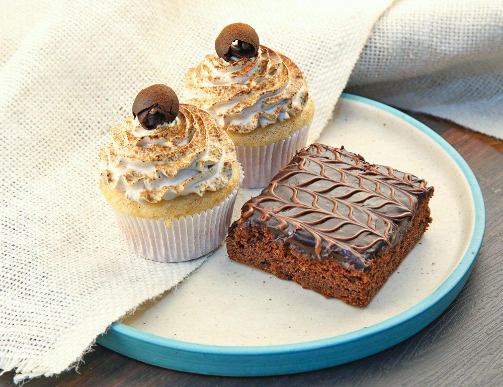 Assortment Of Cupcakes N Brownie