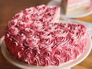 Lateral View of Strawberry Rose Cake