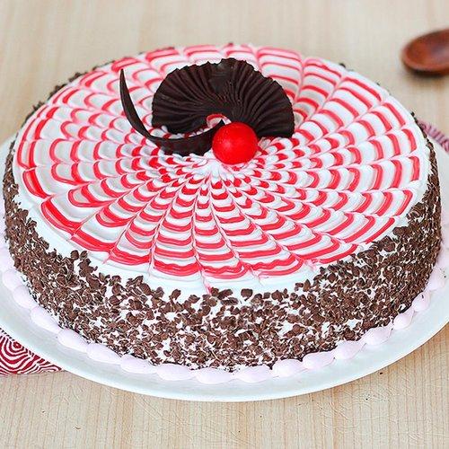 https://media.bakingo.com/sites/default/files/strawberry-round-shaped-cake-4-cake0642stra-A.jpg