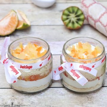 https://media.bakingo.com/sites/default/files/styles/product_image/public/04B-Fruit-Jar-Cake.jpg?tr=h-360,w-360