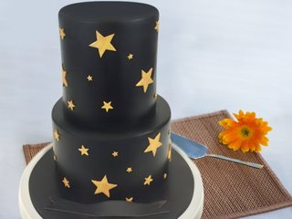 2 Tier Golden Star Cake