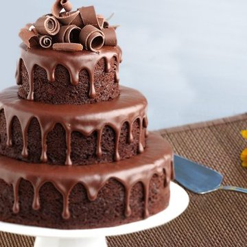 https://media.bakingo.com/sites/default/files/styles/product_image/public/3-tier-party-cake-for-any-celebration-A.jpg?tr=h-360,w-360