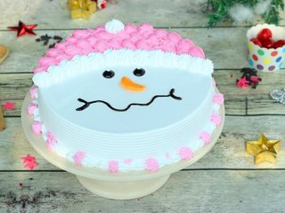 Snowman Cream Cake With Christmas Greeting Card