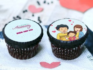 Set of 2 Anniversary Poster Cupcakes