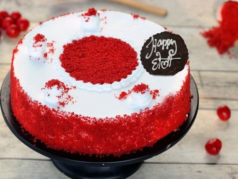 Round Shaped Red Velvet Cake