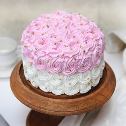 https://media.bakingo.com/sites/default/files/styles/product_image/public/Round-Shaped Strawberry Cream Cake -a.JPG?tr=h-500,w-500