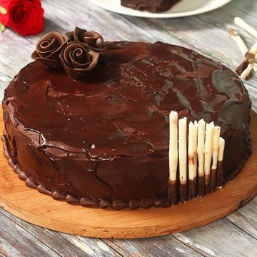 https://media.bakingo.com/sites/default/files/styles/product_image/public/belgian-chocolate-cake-cake1533choc-A.jpg?tr=h-360,w-360