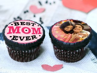 Best Mom Personalized Cupcakes
