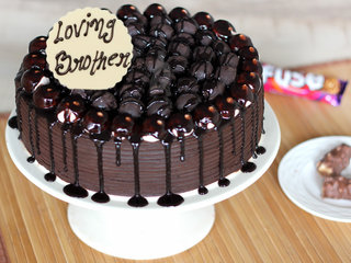 Bhai Dooj Snickers Chocolate Cake