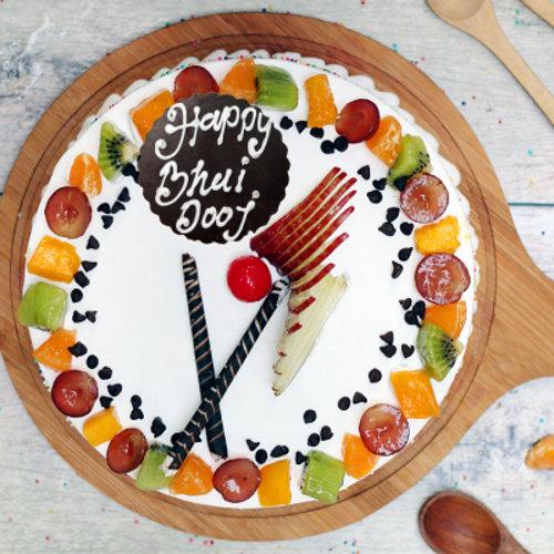 https://media.bakingo.com/sites/default/files/styles/product_image/public/bhai-dooj-vanilla-fruit-cake-cake951frui-B_0.png?tr=h-500,w-500