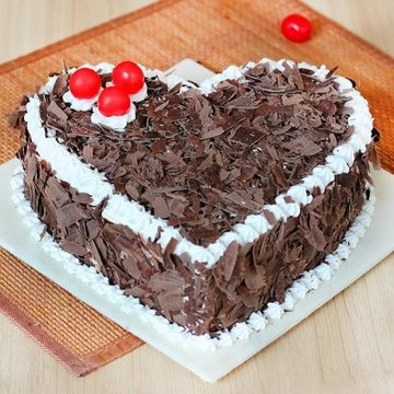 https://media.bakingo.com/sites/default/files/styles/product_image/public/black-forest-heart-shaped-cake-3-cake0627hbla-A.jpg?tr=h-360,w-360