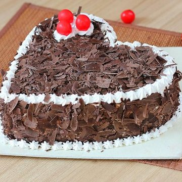 https://media.bakingo.com/sites/default/files/styles/product_image/public/black-forest-heart-shaped-cake-3-cake0627hbla-B.jpg?tr=h-360,w-360