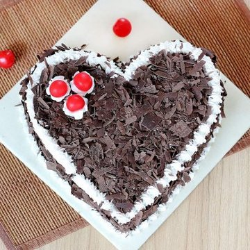 https://media.bakingo.com/sites/default/files/styles/product_image/public/black-forest-heart-shaped-cake-3-cake0627hbla-C.jpg?tr=h-360,w-360