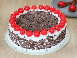 Send Black Forest Round Cake in Gurgaon;Top View of Black Forest Round Cake;Side View of Black Forest Round Cake