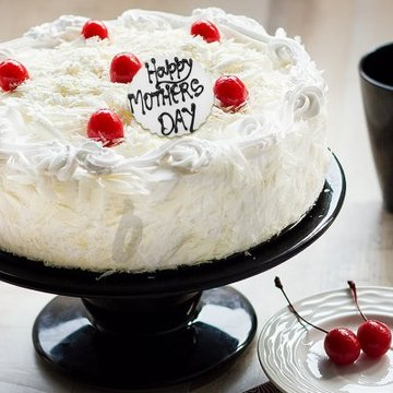 https://media.bakingo.com/sites/default/files/styles/product_image/public/blissful-shore-a-mothers-day-special-cake-A.jpg?tr=h-360,w-360