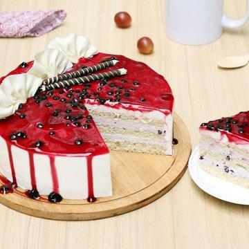 https://media.bakingo.com/sites/default/files/styles/product_image/public/blueberry-cake-1-bangalore-cake975blue-C.jpg?tr=h-360,w-360