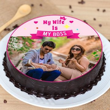 https://media.bakingo.com/sites/default/files/styles/product_image/public/boss-wifey-cake-phot917flav-A.jpg?tr=h-360,w-360