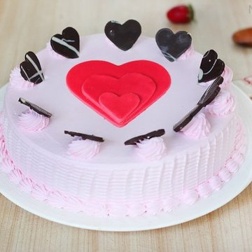https://media.bakingo.com/sites/default/files/styles/product_image/public/choco-hearts-strawberry-cake-in-noida-cake1105flav-a.jpg?tr=h-360,w-360